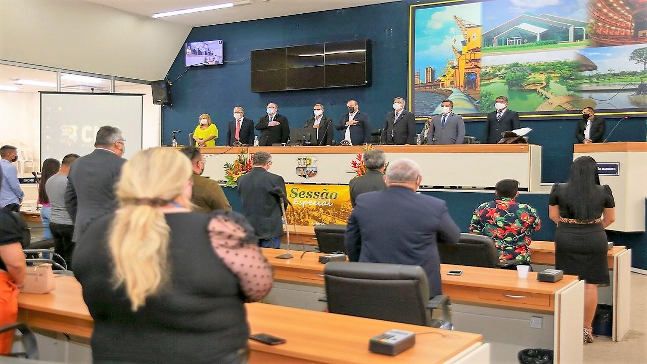Profissionais de Administração são homenageados em sessão especial da CMB